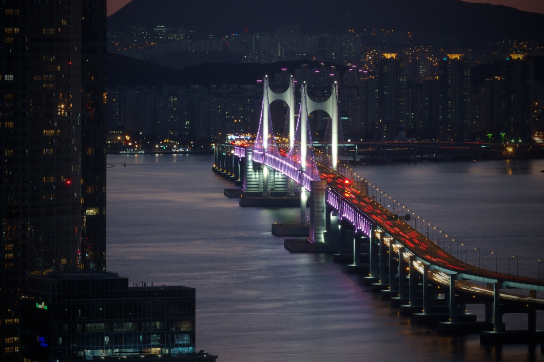 Busan_diamond_bridge