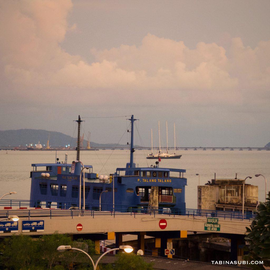 jetty_ferry