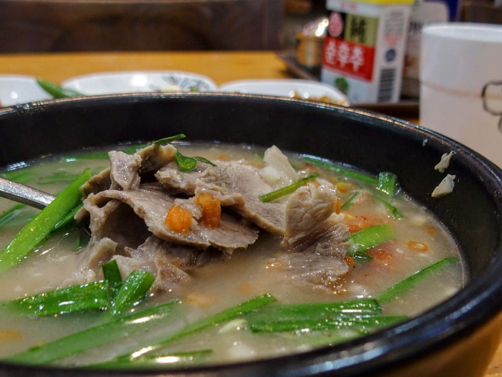 テジクッパ|韓国料理|釜山|豚